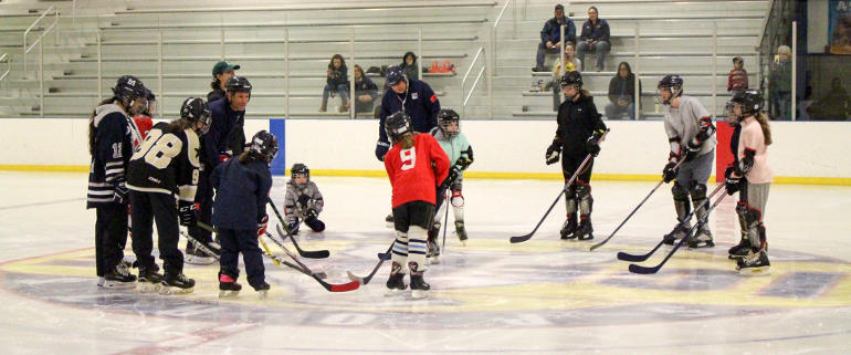Try Hockey for Free with Kelly Nash